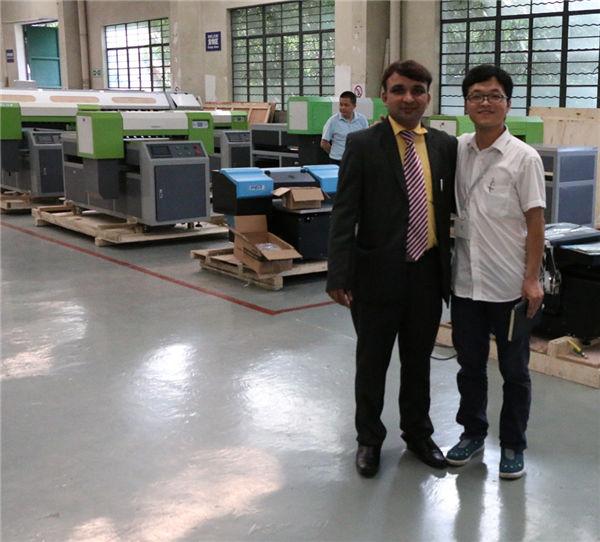 UB flatbed printerlar